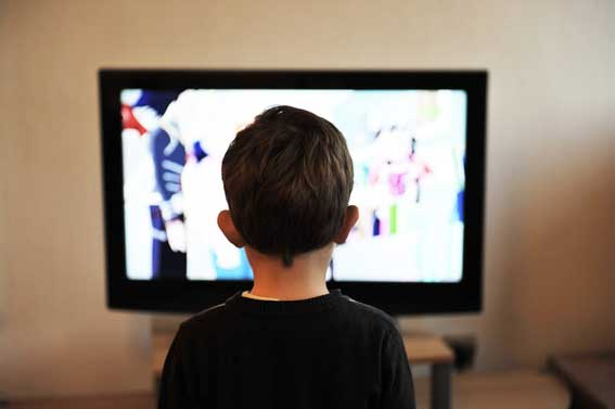 Dampak negatif menonton televisi