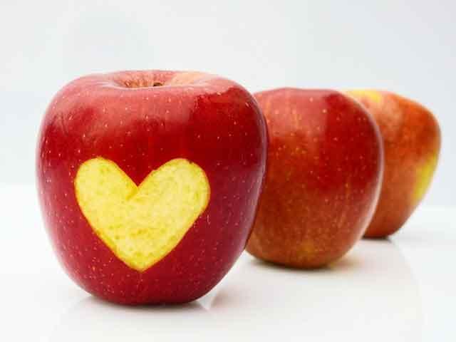 manfaat masker apel untuk wajah