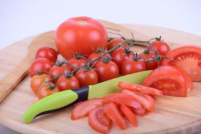 Manfaat masker tomat untuk wajah