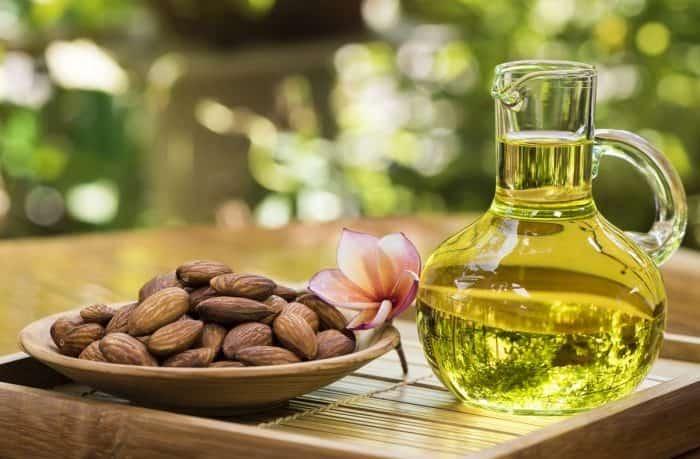 manfaat minyak almond untuk wajah