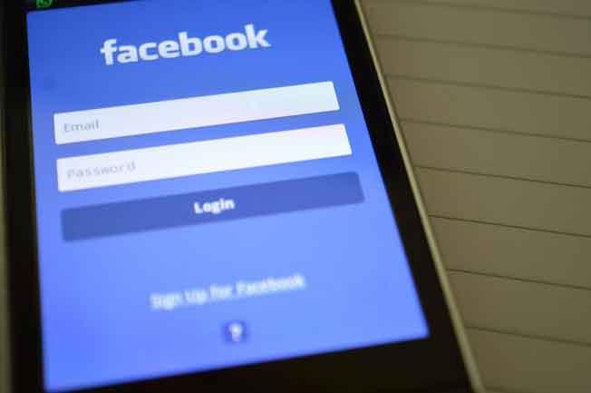 Daftar Nama Keren Buat Profil Facebook