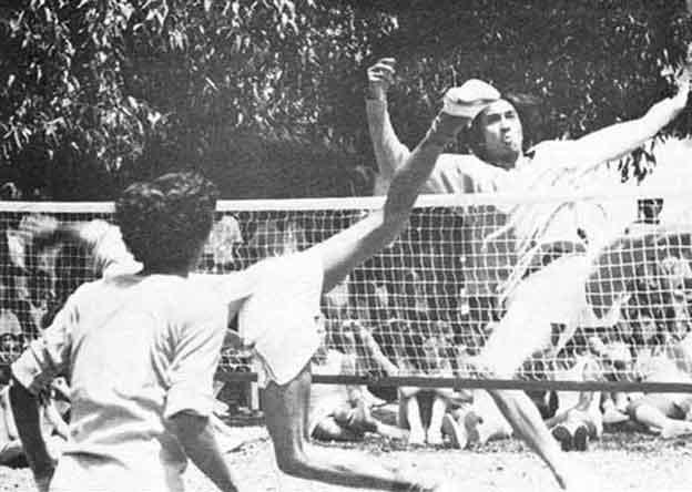 Sejarah sepak takraw modern
