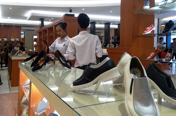 Toko Sepatu di Bandung