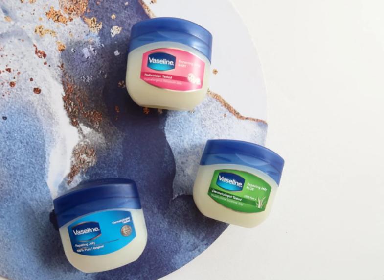 manfaat vaseline repairing jelly untuk wajah