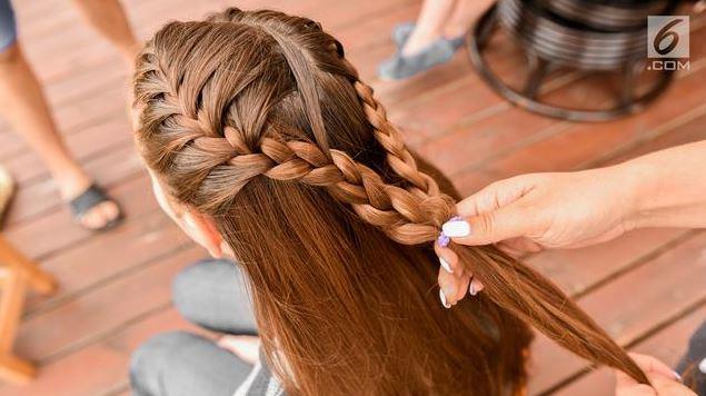 Manfaat Baby Oil Untuk Rambut