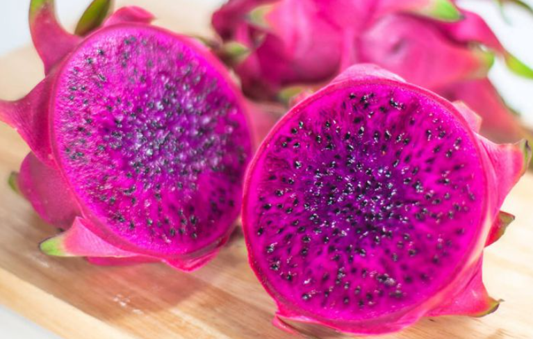 manfaat buah naga ungu