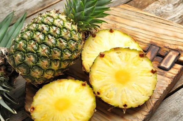 manfaat dan bahaya buah nanas