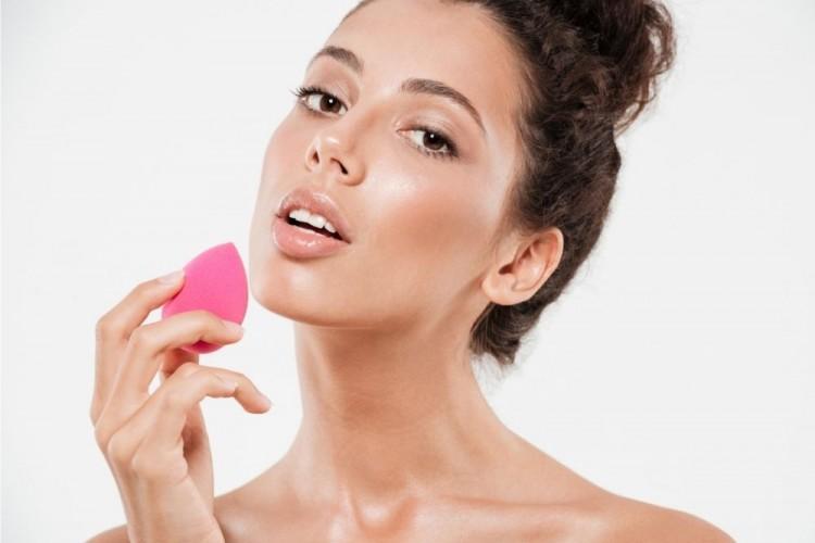 Cara menggunakan beauty blender