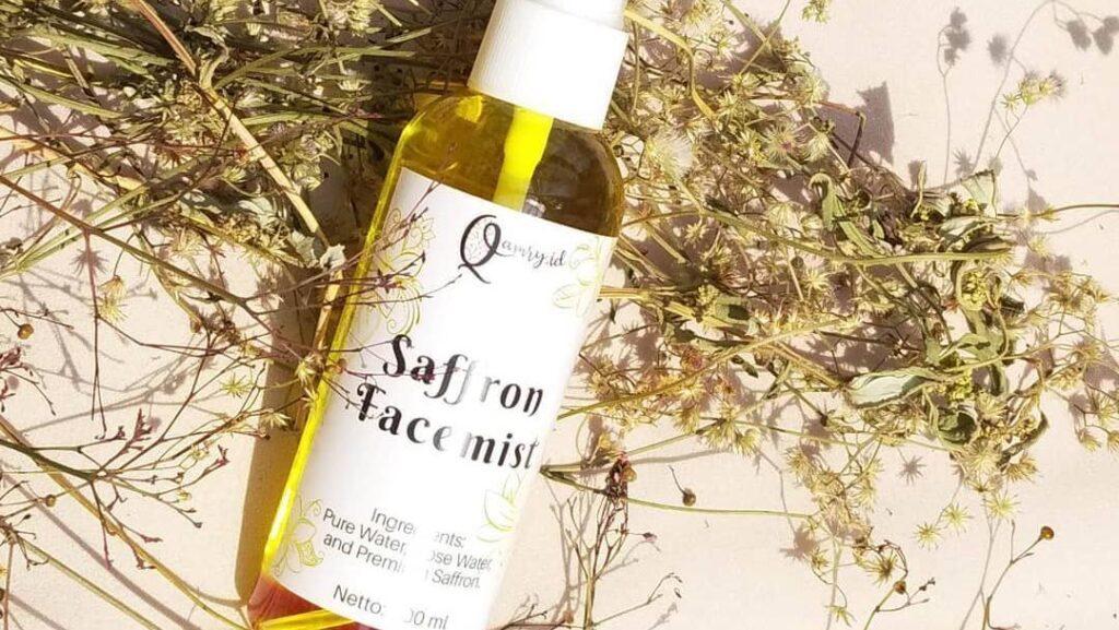 Cara menggunakan spray saffron untuk wajah